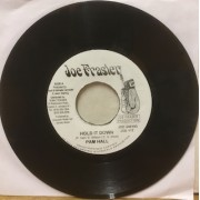 """HOLD IT DOWN - 7"""" JAMAICA"""