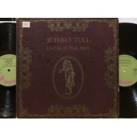 LIVING IN THE PAST - 2 LP