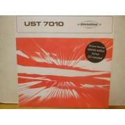 UST 7010 - BEAT DRAMMATICO UNDERGROUND POP ELETTRONICO - LP+CD